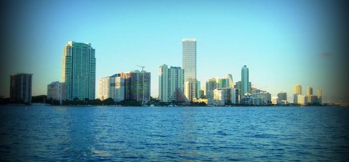 Miami Florida lennot, hotellit ja yhteydet Karibialle | Yhdysvallat | Lentovertailu.fi